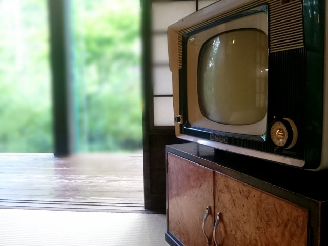 テレビCMでよく目にする過払い金と消費者金融の関係